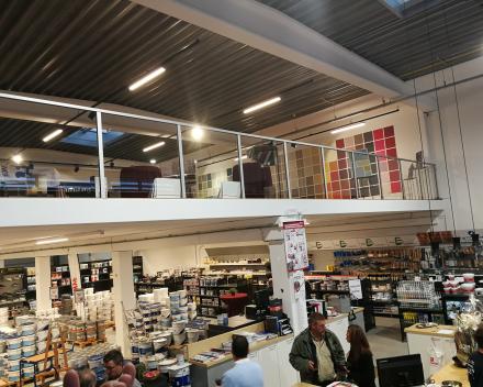 AluGlass balustrade at Proshop
