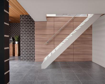Escalier en verre chez Vanthuyne à Poperinge