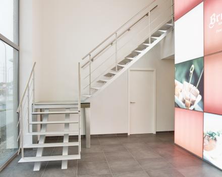 Escalier moderneTriangle dans l'entreprise Breydel