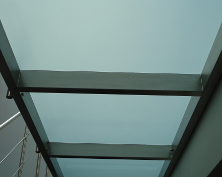 Moderne trap Triangle bij Fidevan
