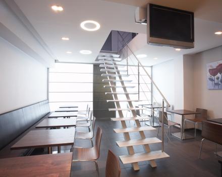 Moderne trap Triangle bij het bedrijf Java