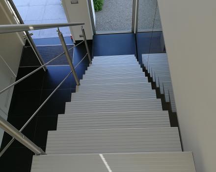 Moderne trap Triangle bij Wyseur