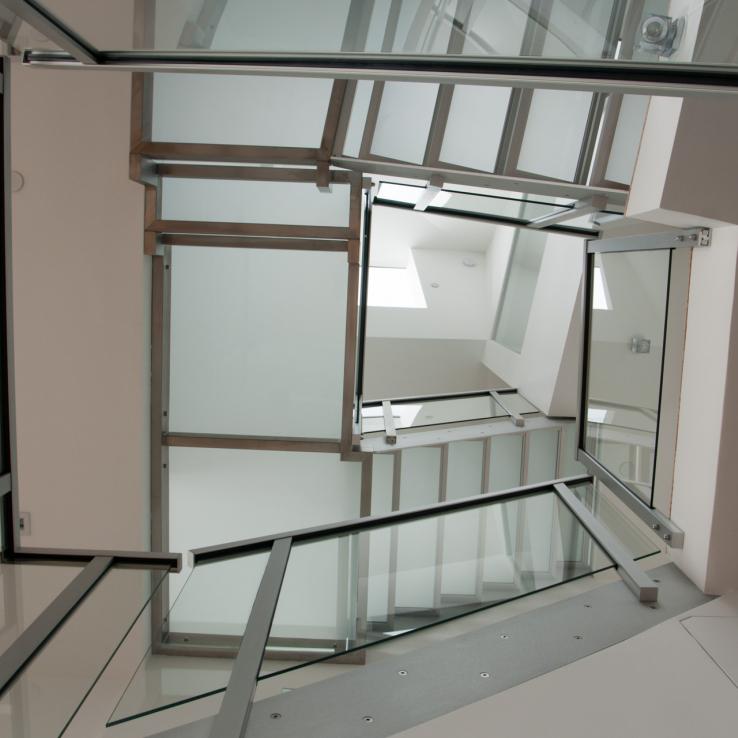 Escalier en verre chez GVB à San Francisco (US)