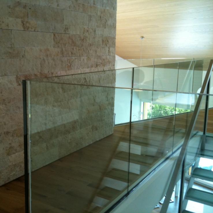 Glazen trap Swiss Resort