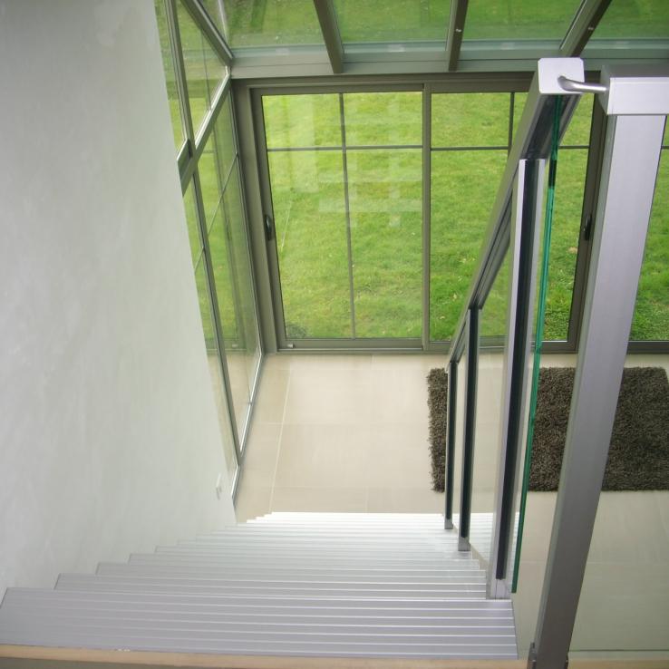 Moderne trap Triangle bij Bonnel