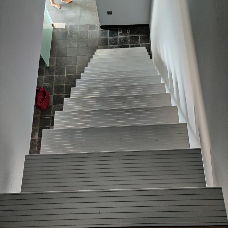 Moderne trap Triangle bij De Keyzer