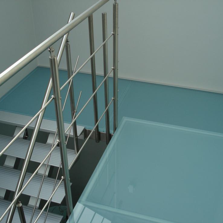 Escalier moderne Triangle chez Fidevan