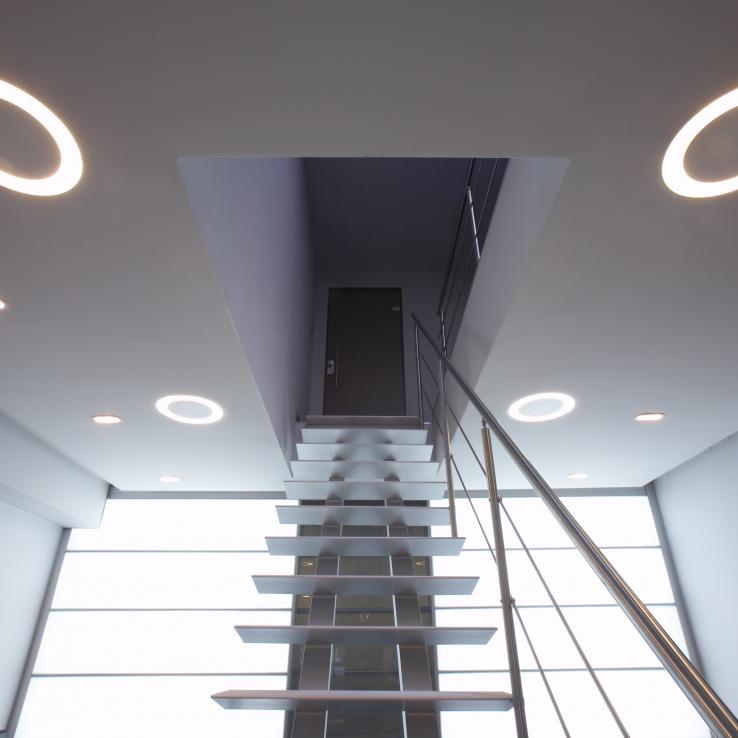 Escalier Moderne Triangle dans l'entreprise Java