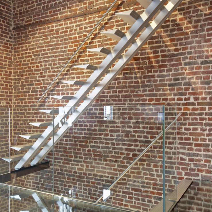 Escalier moderne Triangle chez Malfait