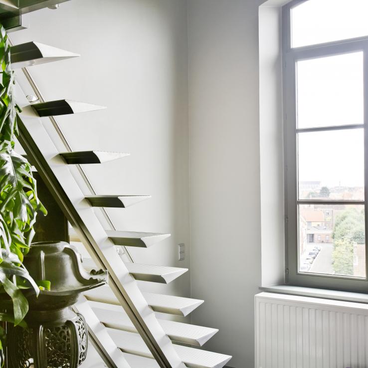 Escalier moderne Triangle chez Van Holm