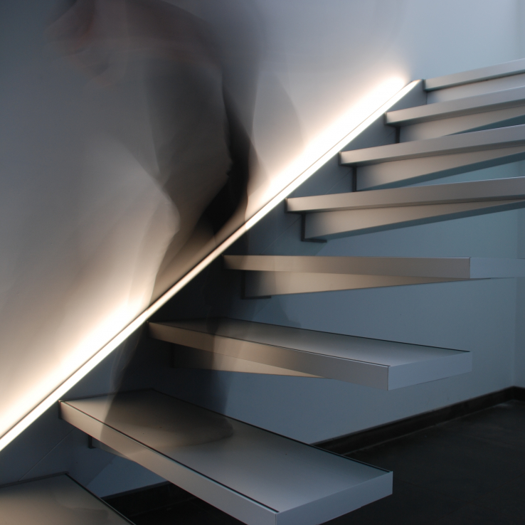 Escalier suspendu Solitaire chez Poppe